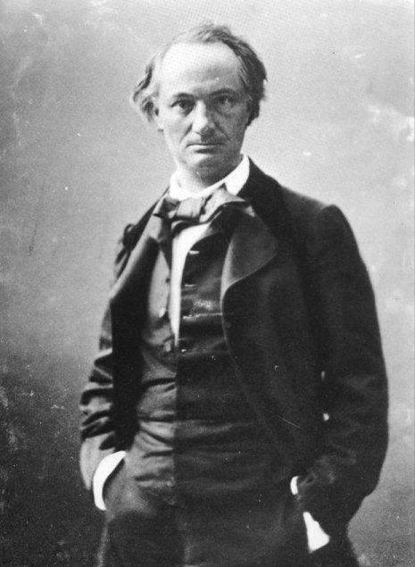 A UMA PASSANTE de Charles Baudelaire (versión galega de André Da Ponte)